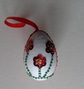 tojás flitteres virággal