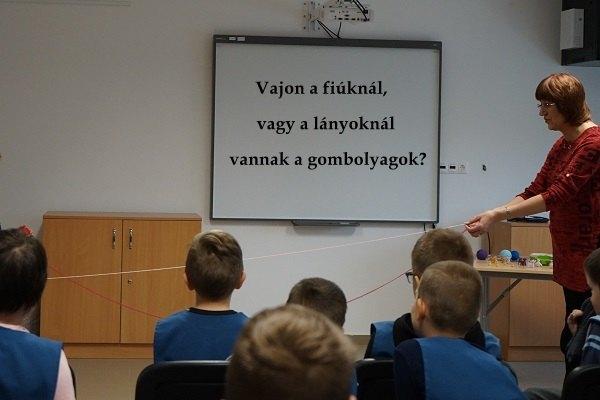 3.-gyuratz-f.-alt-isk.-szoveggel