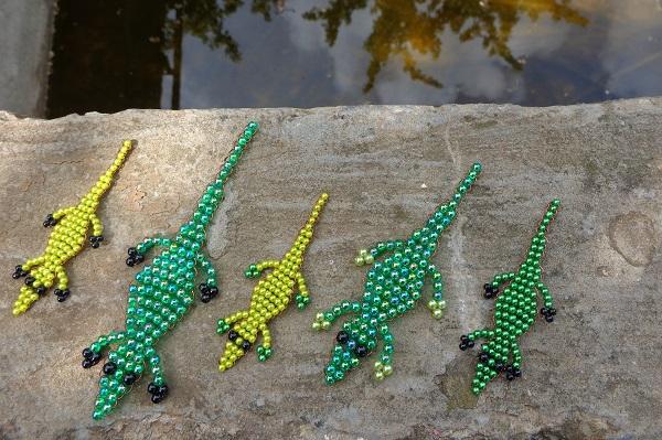 Krokodil család gyöngyből