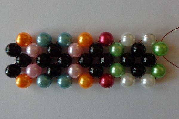 3 színű csúcsok a kockán