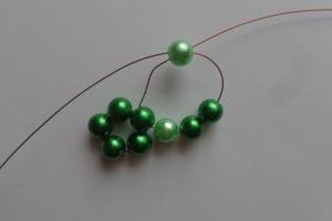1. Zöld csíkos gömb
