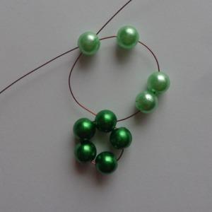 2. zöld gyöngygömb