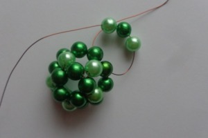 4. Zöld csíkos gömb