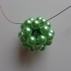 9. zöld gyöngygömb